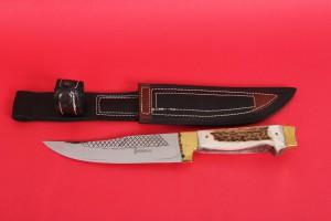 SBH4017 - Sürmene elyapımı geyikboynuzu av bıçakları.