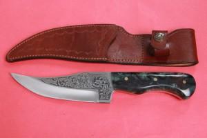 SBH4119 - Sürmene elyapımı gravür işlemeli av bıçakları.
