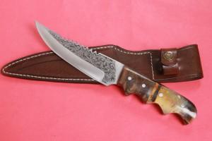 SBH4122 - Sürmene elyapımı gravur işlemeli av bıçakları